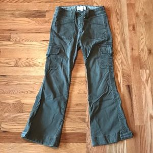 Abercrombie green cargo wide leg pants